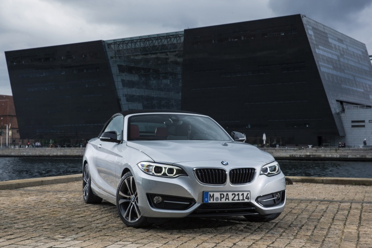 2017 BMW 2-Series Convertible in Glacier Silver Metallic from a front right view