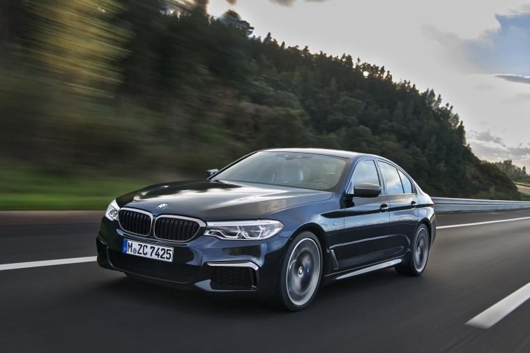 2018 BMW M550i xDrive Sedan Picture