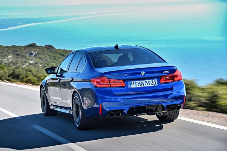 2018 BMW M5 Sedan Picture