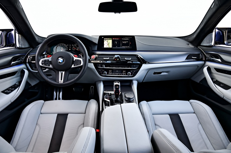 2018 BMW M5 Sedan Cockpit Picture