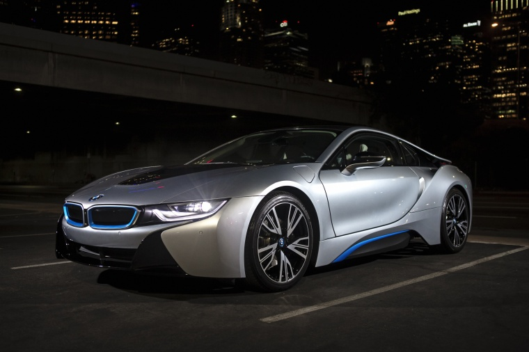 2014 Bmw I8 Coupe In Ionic Silver Metallic Color Static Front