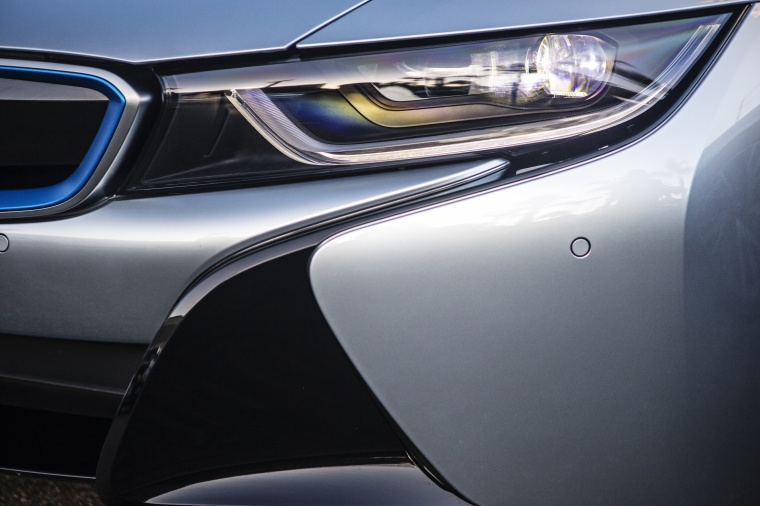 2017 BMW i8 Coupe Headlight Picture