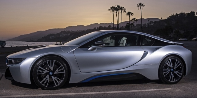 2017 BMW i8 Pictures