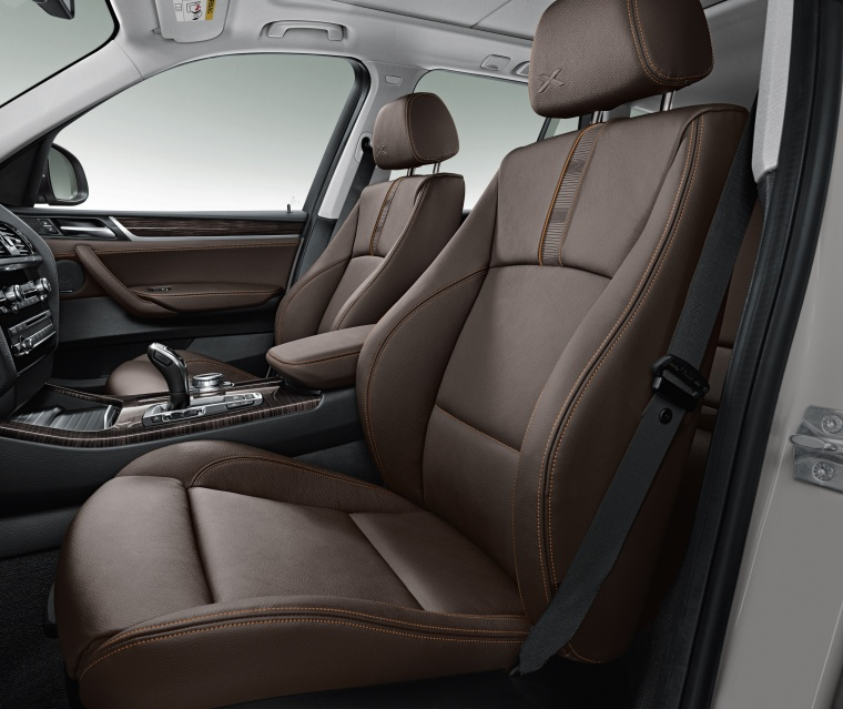 2016 BMW X3 Front Seats In Mocha Color - Picture
