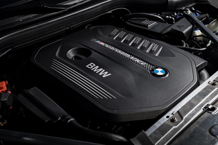 2018 BMW X3 M40i 3.0-liter turbocharged Inline-6 Engine Picture