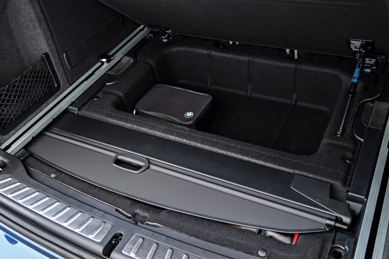 2018 BMW X3 M40i Underfloor Trunk Storage Picture