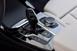 Picture of a 2018 BMW X3 M40i's Automatic Gear Lever