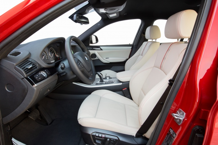 2017 BMW X4 Front Seats Picture