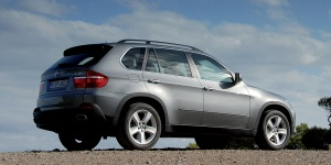 2010 BMW X5 Reviews / Specs / Pictures / Prices
