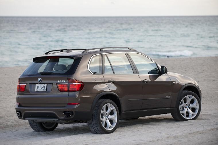 2012 BMW X5 xDrive50i Picture