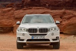 2014 BMW X5 xDrive35d in Alpine White - Static Frontal View