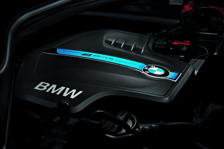 2017 BMW X5 xDrive40e 3.0-liter Inline-6 turbocharged Hybrid Engine Picture