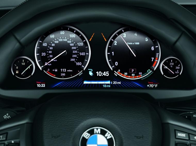 2017 BMW X5 xDrive40e Gauges Picture