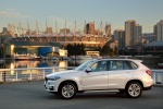 2017 BMW X5 xDrive50i in Alpine White - Static Left Side View