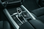 Picture of a 2018 BMW X5 xDrive40e's Center Console