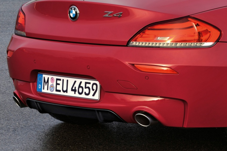 2012 BMW Z4 sdrive35is Tail Light Picture