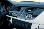 Picture of 2015 BMW Z4 sdrive35i Center Stack