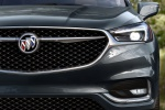 Picture of a 2019 Buick Enclave Avenir's Headlight