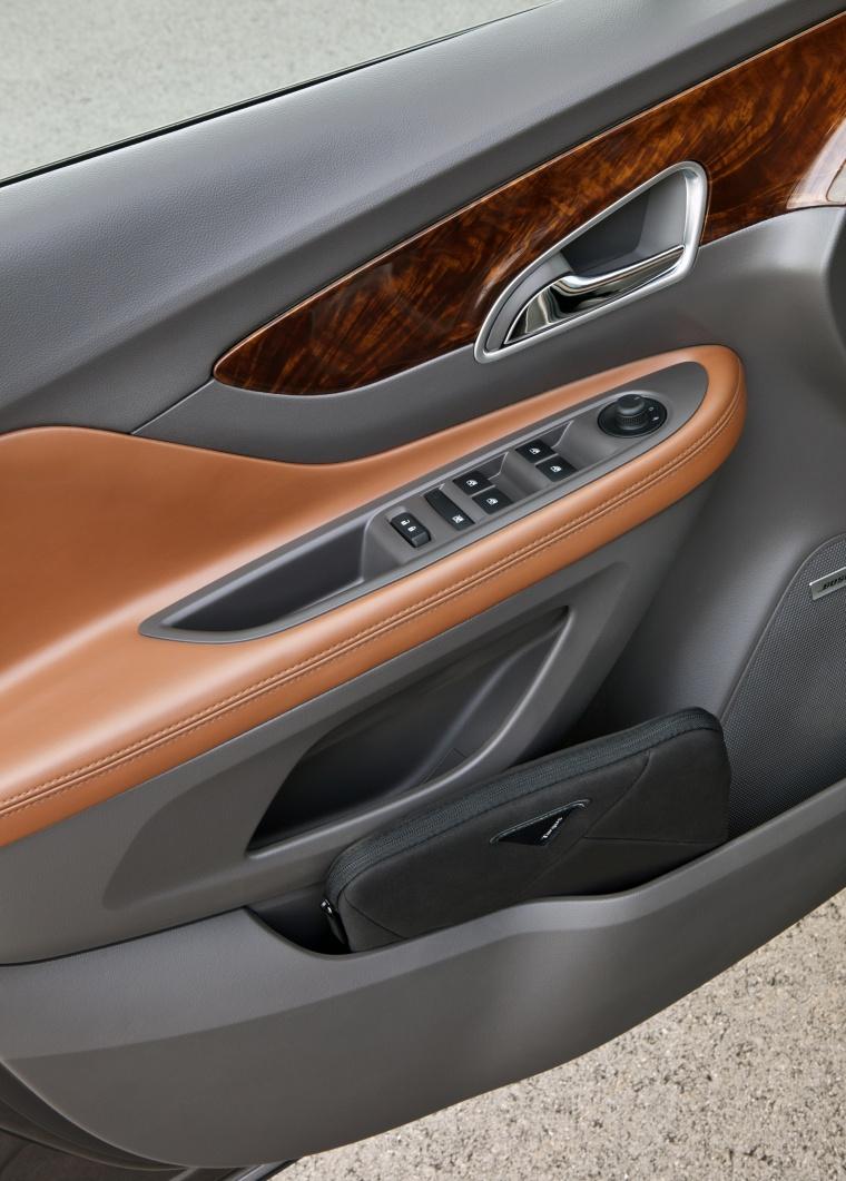 2016 Buick Encore Door Panel Picture