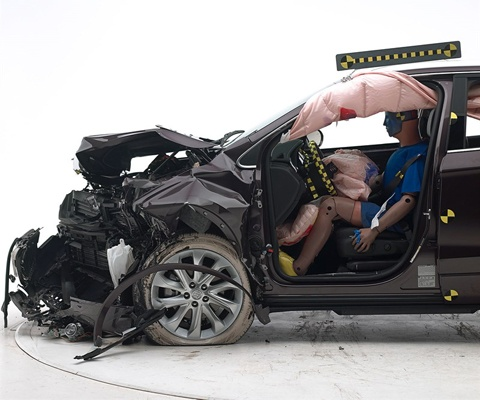 2017 Buick Envision IIHS Frontal Impact Crash Test Picture