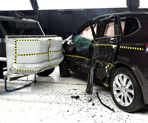2017 Buick Envision IIHS Side Impact Crash Test Picture