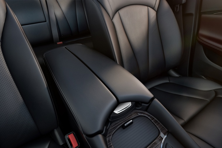 2018 Buick Envision Center Armrest Picture
