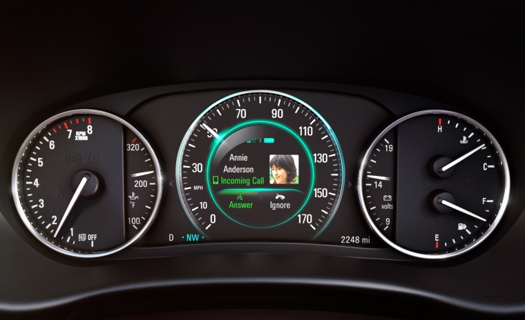 Picture of a 2019 Buick Envision AWD's Gauges