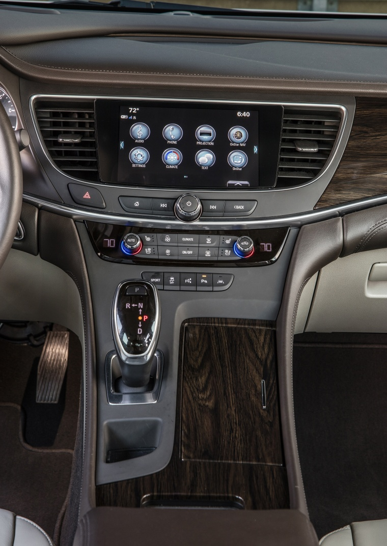 2017 Buick LaCrosse Center Stack Picture