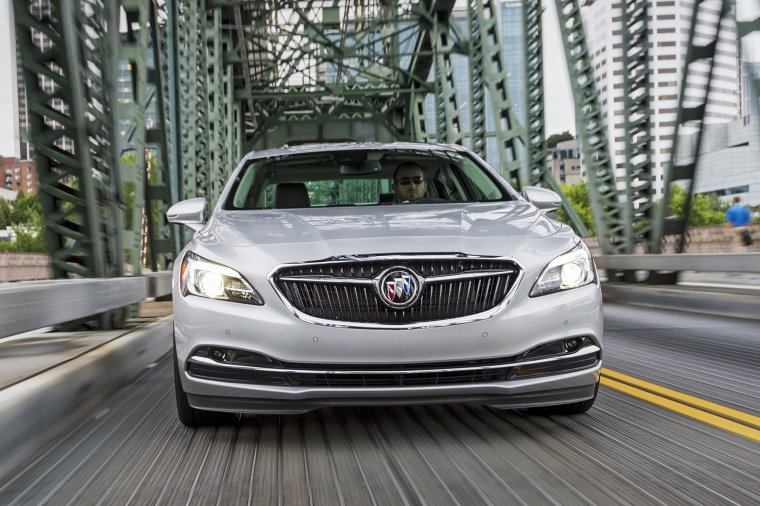 2017 Buick LaCrosse Picture