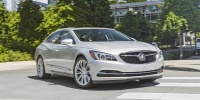 2017 Buick LaCrosse Pictures