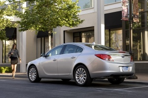 2011 Buick  Regal Picture