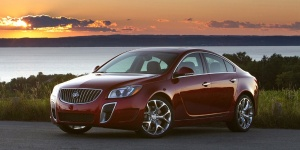 2012 Buick Regal Pictures