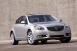 2013 Buick Regal in Quicksilver Metallic - Static Front Right View