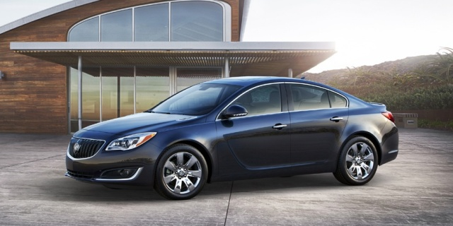 2015 Buick Regal Pictures
