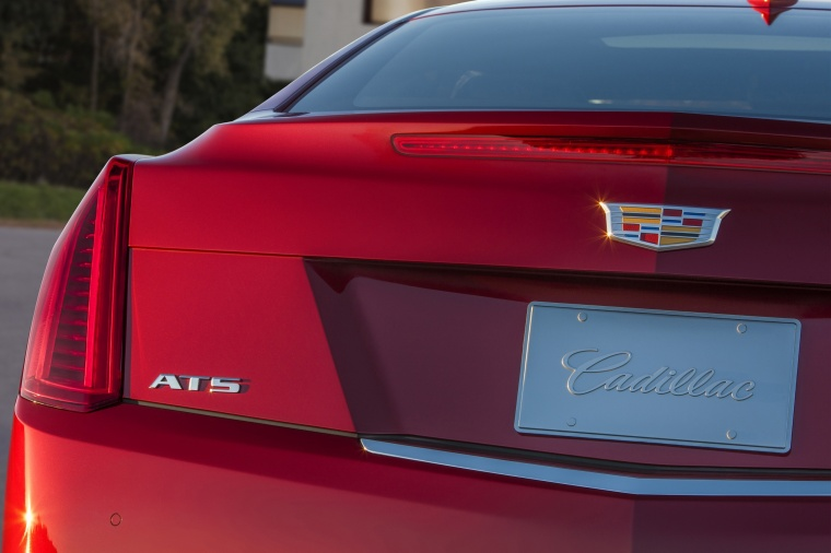 2018 Cadillac ATS Coupe 3.6 Tail Light Picture
