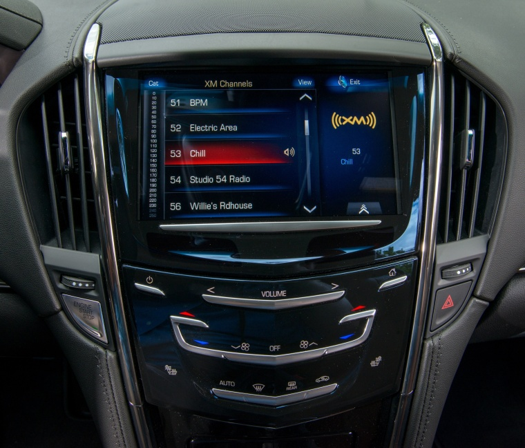 2018 Cadillac ATS Coupe 2.0T Center Stack Picture