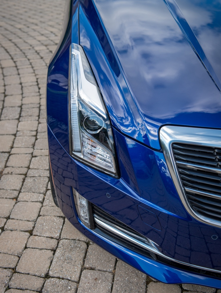 2018 Cadillac ATS Coupe 2.0T Headlight Picture