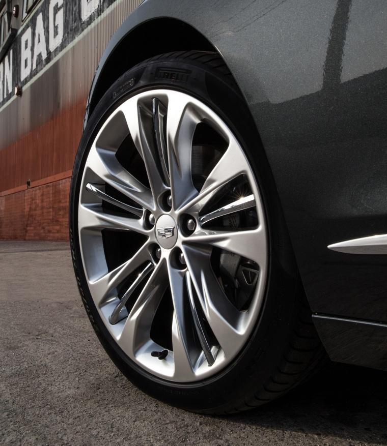 2018 Cadillac CT6 3.0TT AWD Sedan Rim Picture