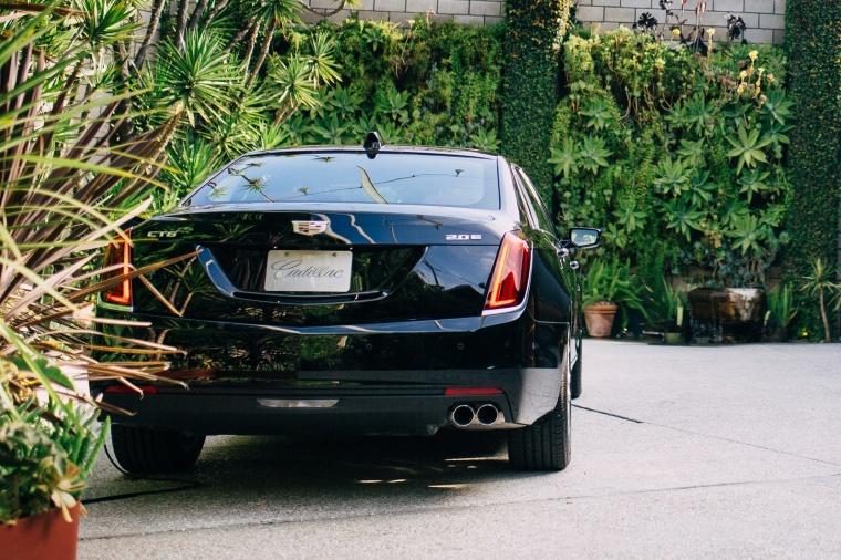 2018 Cadillac CT6 2.0E Plug-In Hybrid Picture