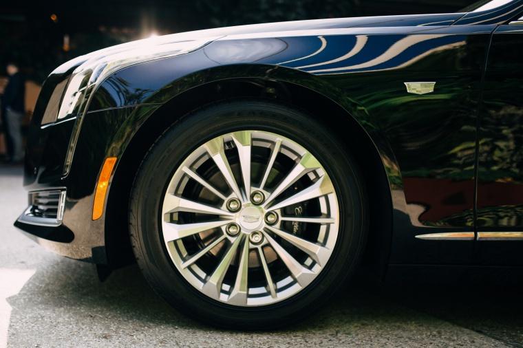 2018 Cadillac CT6 2.0E Plug-In Hybrid Rim Picture