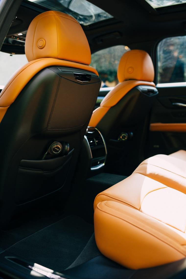 2018 Cadillac CT6 2.0E Plug-In Hybrid Interior Picture
