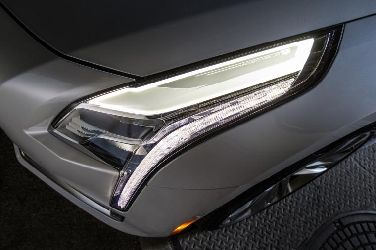 2018 Cadillac CT6 3.0TT AWD Sedan Headlight Picture