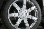 Picture of 2011 Cadillac Escalade Rim