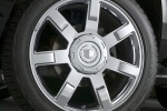 Picture of 2014 Cadillac Escalade Rim
