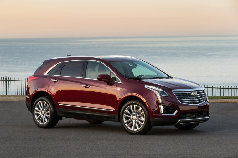2017 Cadillac XT5 AWD Picture