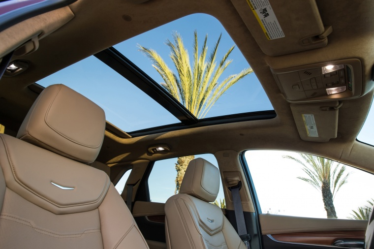 2017 Cadillac XT5 AWD Sunroof Picture