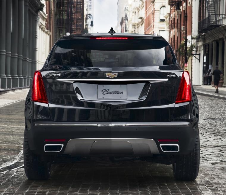 2018 Cadillac XT5 AWD In Dark Granite Metallic Color