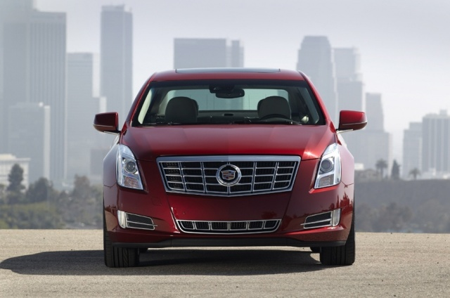 2013 Cadillac  XTS Picture