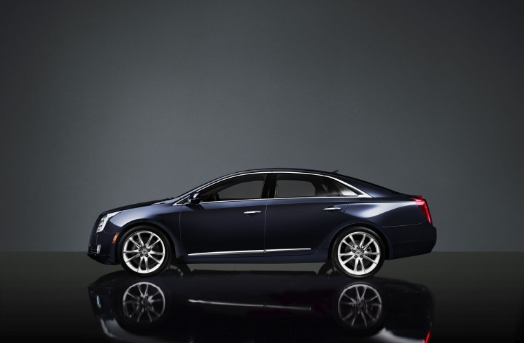 2014 Cadillac XTS in Graphite Metallic from a side view