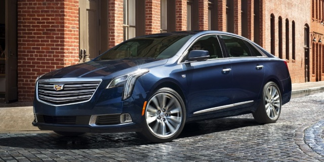 2018 Cadillac XTS Pictures
